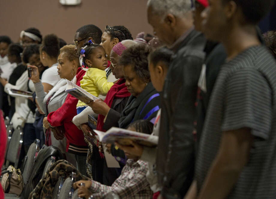 Midlanders come together Monday 01-18-16 and join together to sing Lift Every Voice & Sing at the annual Martin Luther King Jr. Celebration. Tim Fischer/Reporter-Telegram Photo: Tim Fischer