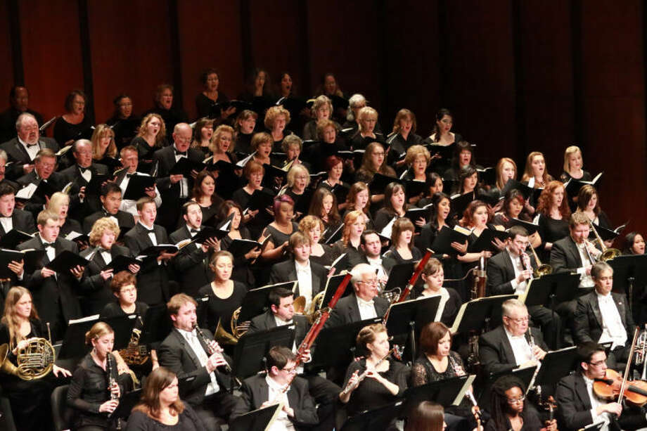 "MOSC perform ""Carmina Burana"" at Wagner Noël Performing Arts Center.  Photo: Alan P. Torre"