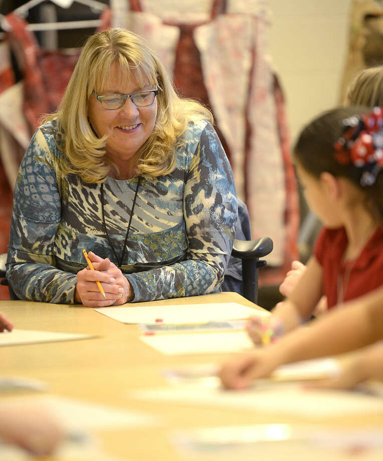 Laura Timmermann teaches art Thursday, Jan. 28, 2016, at Bowie Elementary. James Durbin/Reporter-Telegram Photo: James Durbin