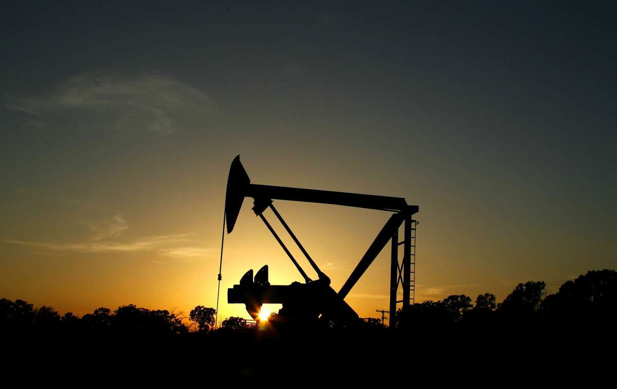 Crude oil prices dropped to its lowest Dec.2 for the first time since August to $39.94 a barrel(AP Photo/Eric Gay)