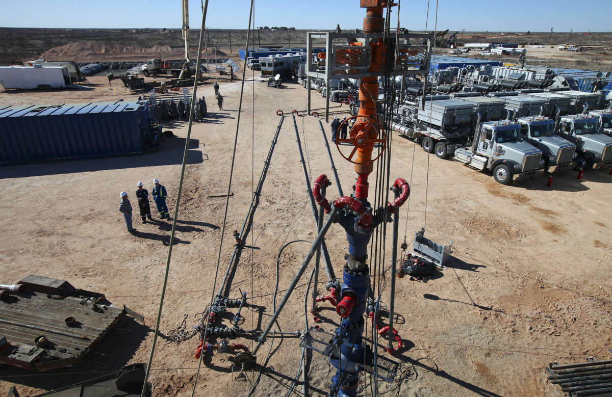 A well is drilled at an Apache Energy site in the Permian Basin in Midland, Texas, Feb. 14, 2012. Hydraulic fracking appears to cause smaller leaks of methane, a greenhouse gas, than the federal government estimates, according to a study released Sept. 16, 2013. (Jim Wilson/The New York Times)