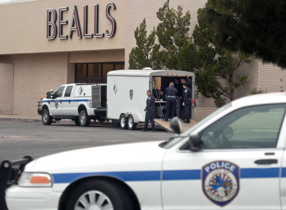 A file photo from April 2, 2013 of police action at the Midland Park Mall. The response was due to a suspicious package. Photo: JAMES DURBIN