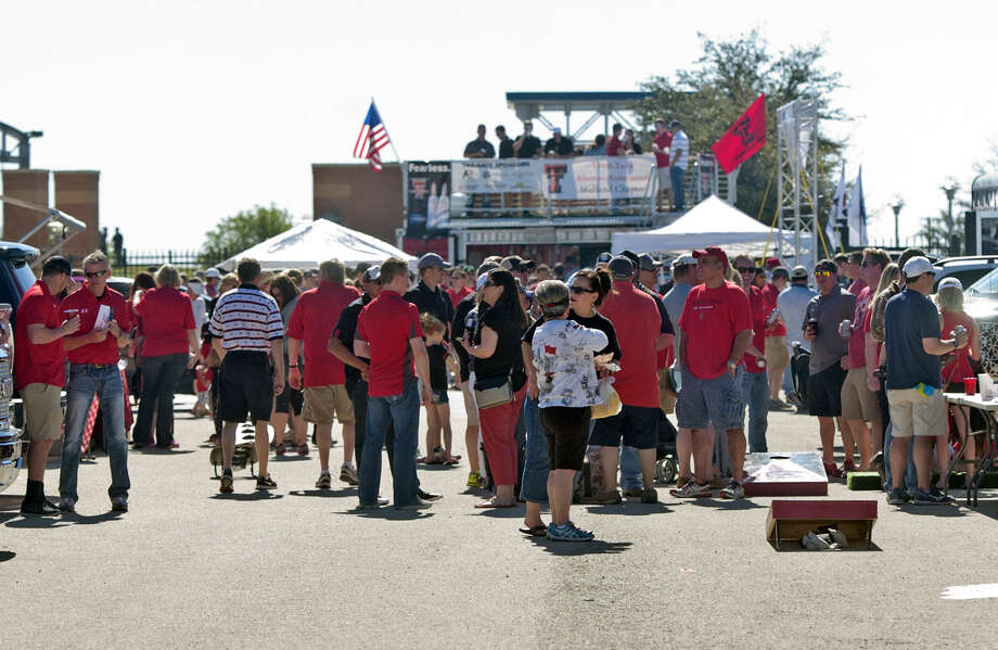 Tailgating before the start of the Texas Tech spring scrimmage on Saturday, March 28, 2015, at Grande Communications Stadium. James Durbin/Reporter-Telegram Photo: James Durbin