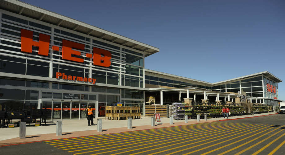 H-E-B will be open until noon on Thanksgiving. Photo: Tim Fischer