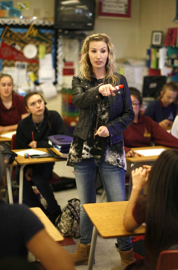 Linda Cypher teaches Tuesday, March 1, 2016, at Alamo Junior High. James Durbin/Reporter-Telegram Photo: James Durbin