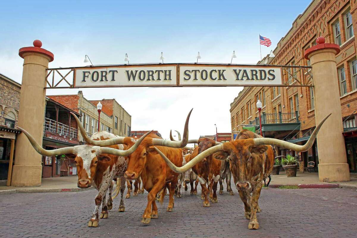 22. Fort Worth Minimum wage: $7.25 Weekly work hours: 36Average cost of living: $1,134.50 Source:Move.org, U.S. Census Bureau