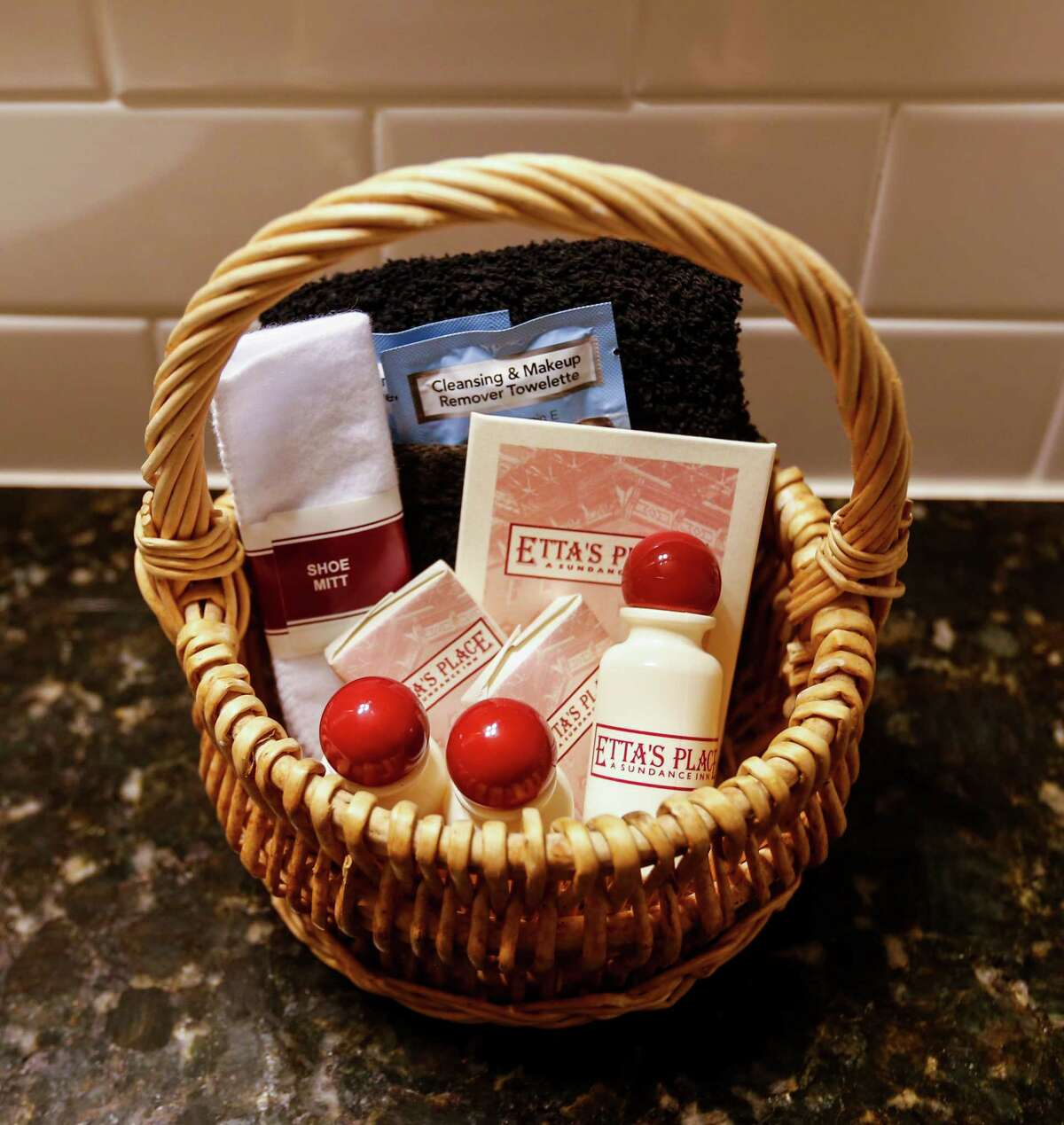 Forget your shampoo? That's no problem if you're staying at Etta's Place, a Sundance Inn in Fort Worth.