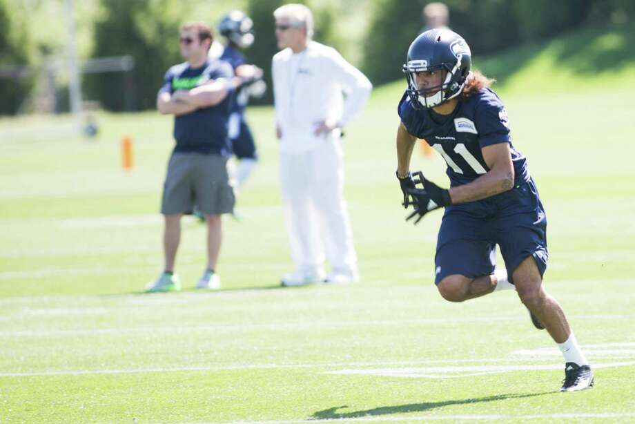 2016 seventh-round draft choice Kenny Lawler is one of 14 players with a cap hit of $465,000 in 2017. Photo: GRANT HINDSLEY, SEATTLEPI.COM / SEATTLEPI.COM