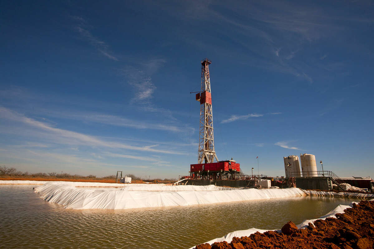Water pool attached to Robinson Drilling rig #4 on Wednesday, Feb. 17, 2016, in Midland County. James Durbin/Reporter-Telegram