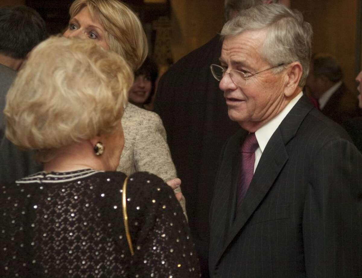 Tom Craddick speaks with Beverly Pevehouse, an old friend and next door neighbor, at a Top Hand Award ceremony. Photo by Tim Fischer/Midland Reporter-Telegram