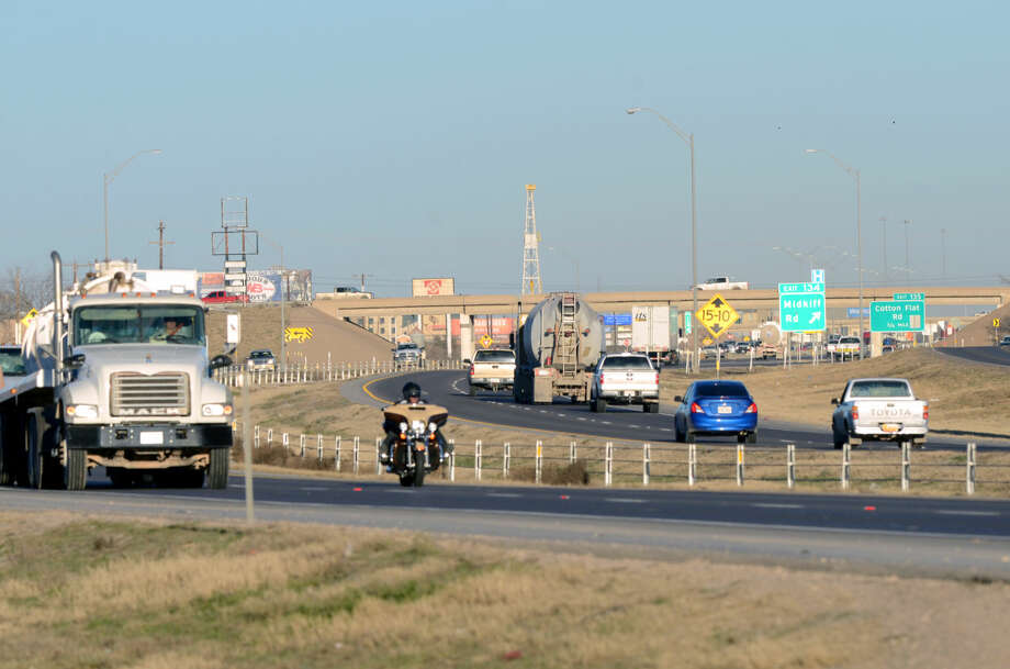 "General view of Interstate 20 photographed near Midland drive, Saturday, Feb. 7, 2015. Photo Request: ""Building permit data shows little development along I-20 (mostly because of lack of sewer and water lines)."" James Durbin/Reporter-Telegram Photo: James Durbin"