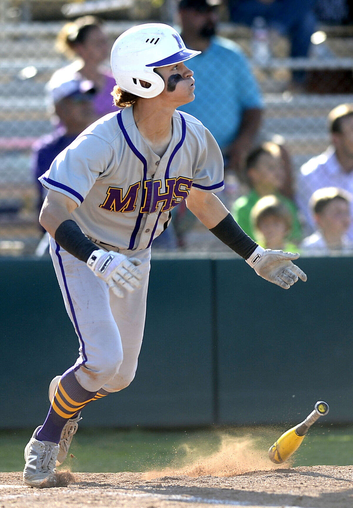Midland High's Jaxon Hallmark (1) bats against Abilene on Wednesday, April 13, 2016, at Zachery Field. James Durbin/Reporter-Telegram