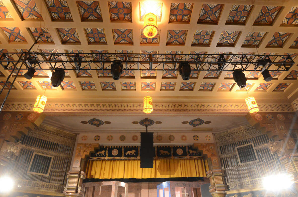Renovations and upgrades at the Yucca, photographed April, 10, 2015. New light truss. James Durbin/Reporter-Telegram