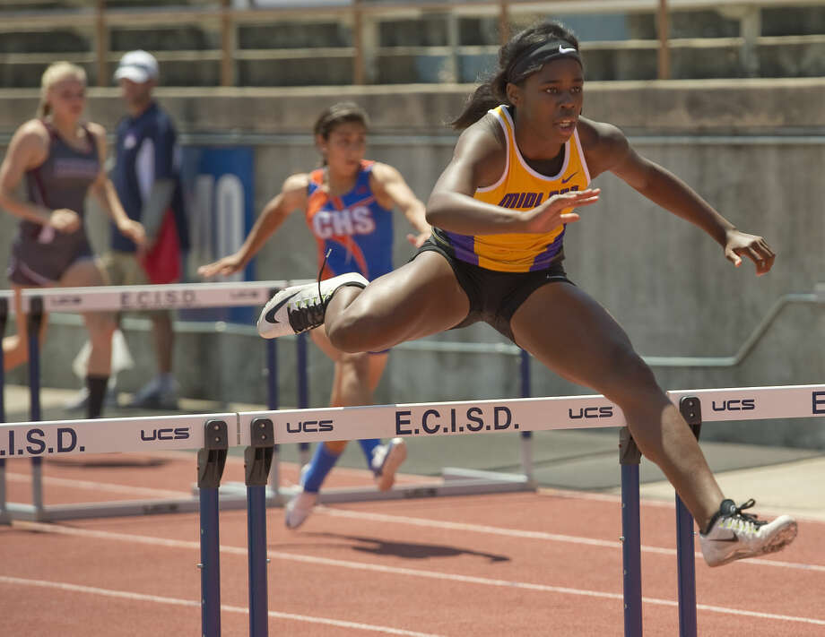 Midland High's Sametria Smith competes in the girls 100m hurdles Friday 04-15-16 at the District 3-6A track championships at Ratliff Stadium. Tim Fischer\Reporter-Telegram Photo: Tim Fischer