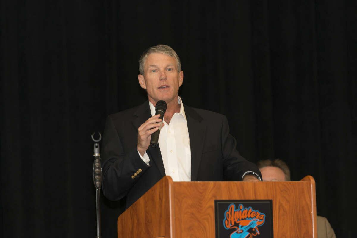 Midland ISD School Board President Rick Davis speaks at the Oct. 14, 2015 ribbon-cutting at Barbara Fasken Elemetary. Photo by Scott Van Osdol.