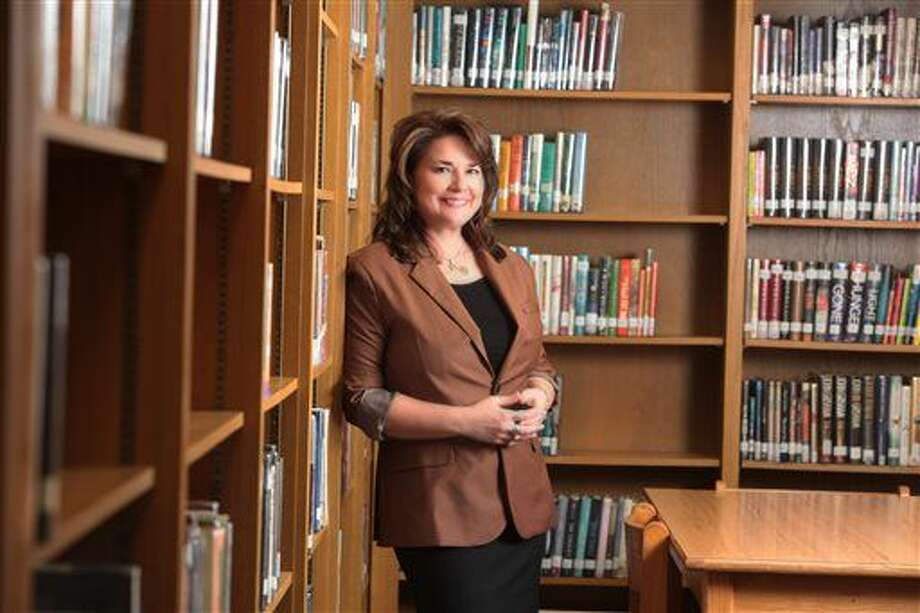 "In this Jan. 29, 2015 photo provided by the Amarillo (Texas) Independent School District, Palo Duro High School English teacher Shanna Peeples poses for a photo. Peeples has been named 2015 National Teacher of the Year by the Council of Chief State School Officers. (Davy Knapp/Amarillo ISD via AP) ""Shanna Classroom Photo"" - October 29, 2014 All other photos - January 29, 2015 Video - April 14, 2015 Photo: Davy Knapp"