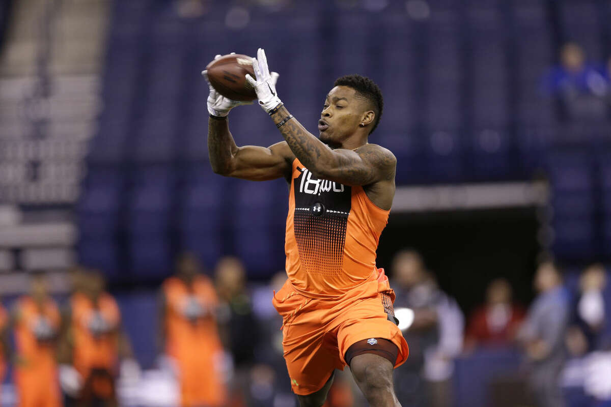 Baylor wide receiver Antwan Goodley runs a drill at the NFL football scouting combine in Indianapolis, Saturday, Feb. 21, 2015. (AP Photo/David J. Phillip)