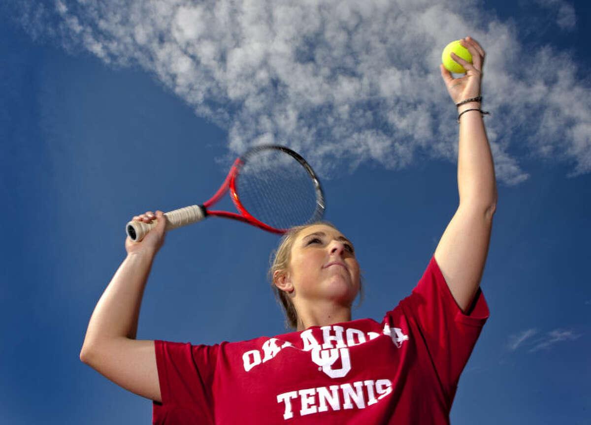 Lee High tennis player Hope Williams in portrait Wednesday at the Bush Tennis Center. James Durbin/Reporter-Telegram