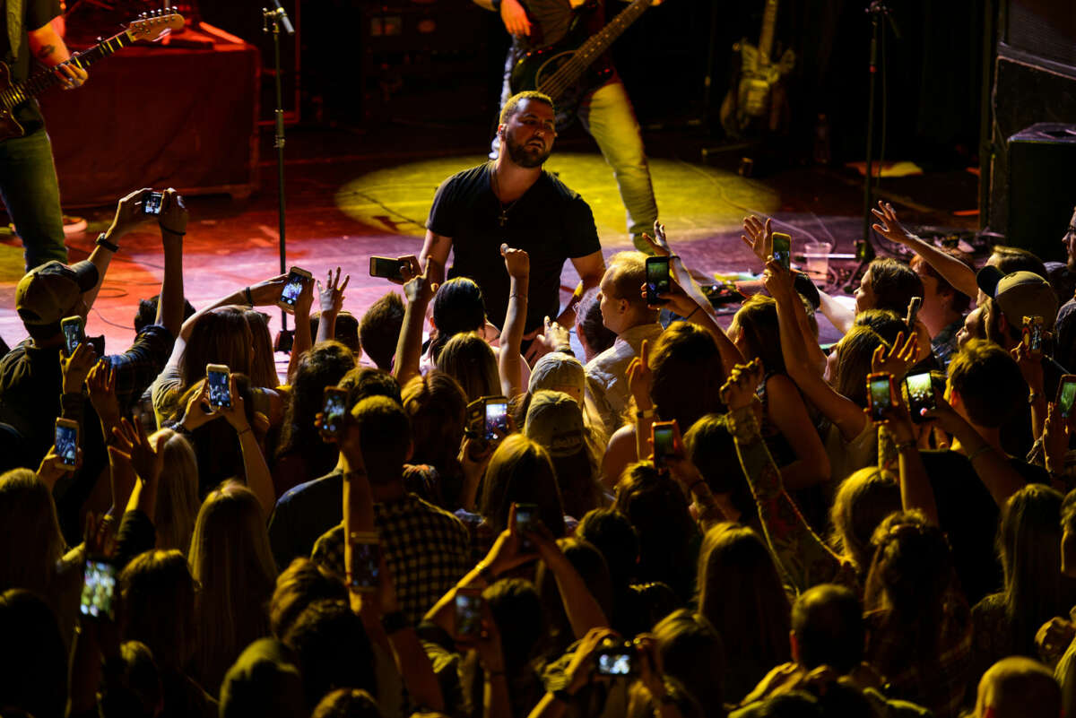 Tyler Farr, a country musician not coy about his arena-rock ambitions, on stage at Irving Plaza in New York, April 28, 2015. Farr's second album,