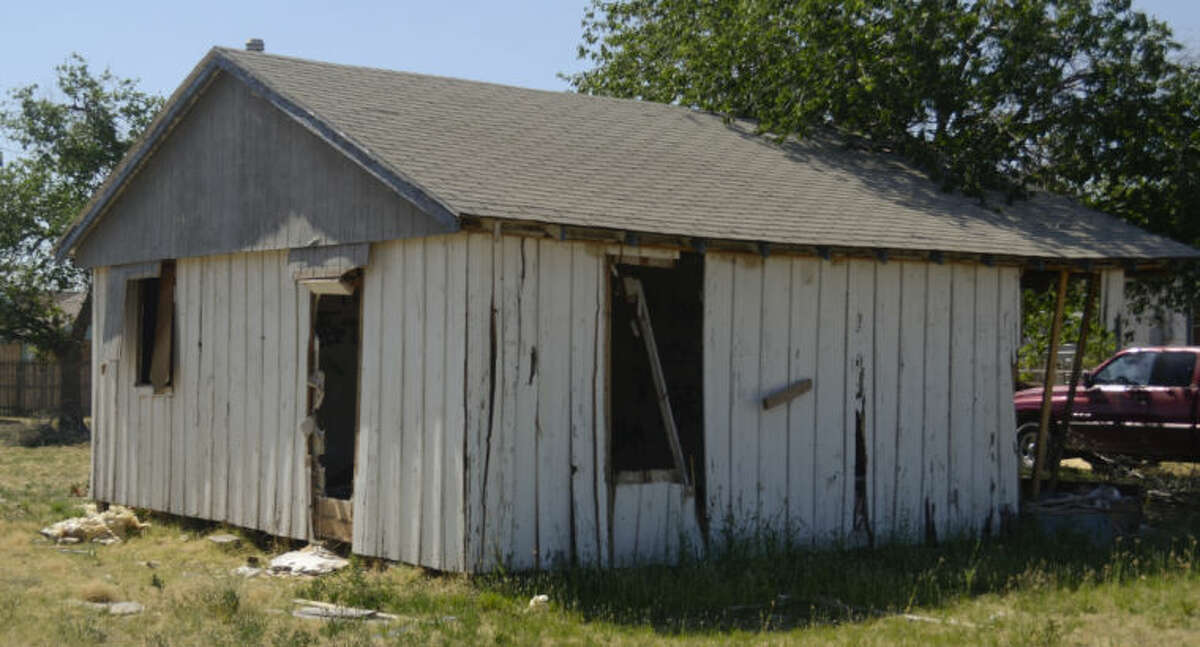 Structure at 901 N. Weatherford the city would like to demolish. Tim Fischer\Reporter-Telegram