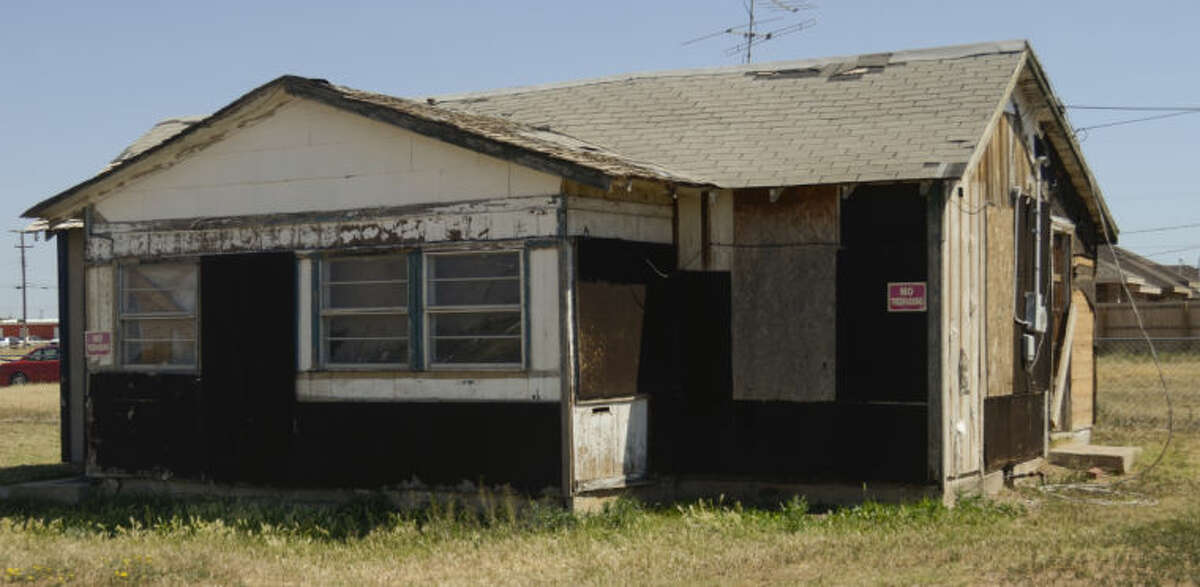 Structure at 708 E. Texas the city would like to demolish. Tim Fischer\Reporter-Telegram