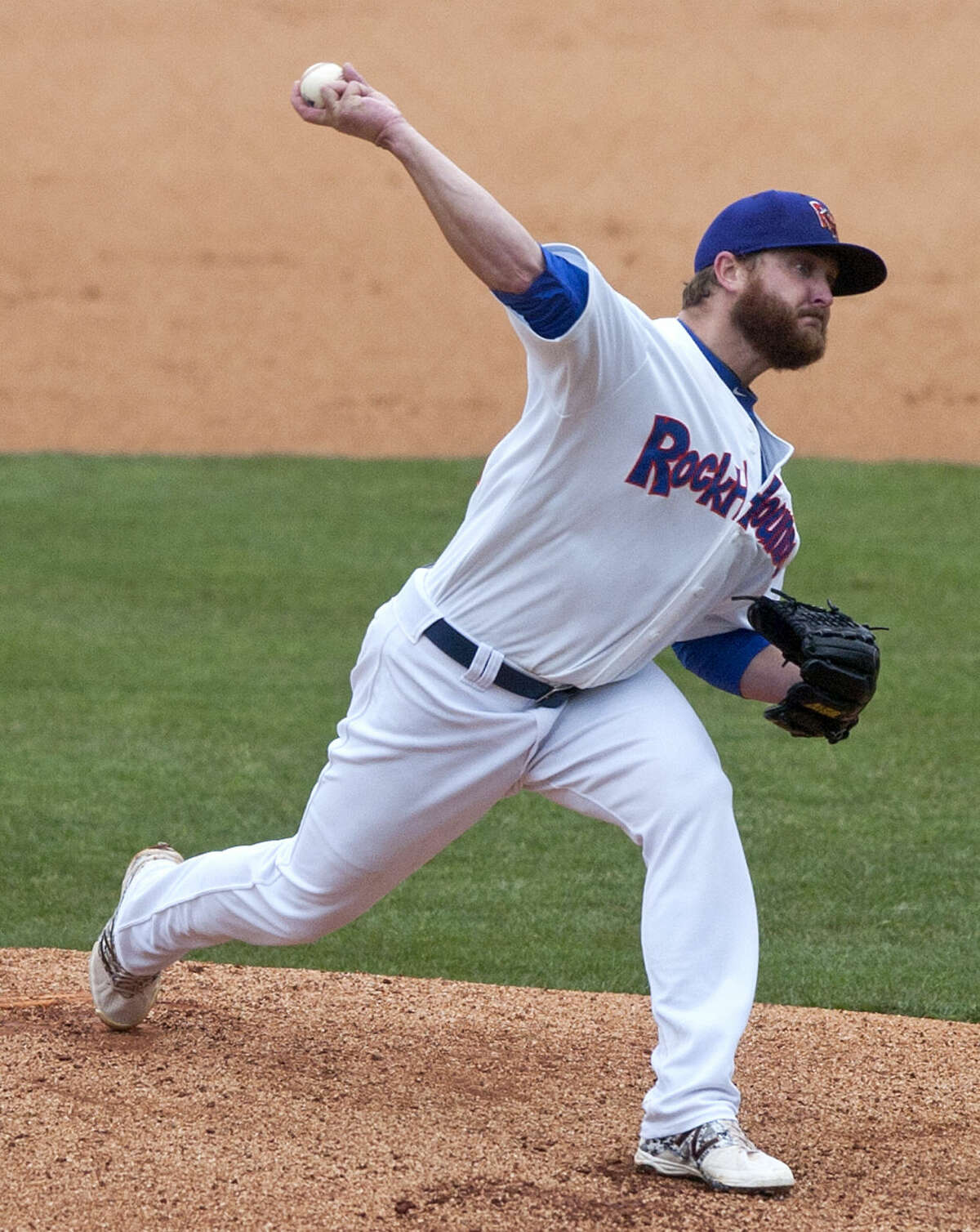 Rockhounds Nate Long pitches against Frisco on Tuesday, May 12, 2015 at Security Bank Ballpark. James Durbin/Reporter-Telegram