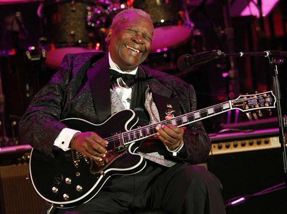 FILE - In this June 20, 2008 file photo, musician B.B. King performs at the opening night of the 87th season of the Hollywood Bowl in Los Angeles. King died Thursday, May 14, 2015, peacefully in his sleep at his Las Vegas home at age 89, his lawyer said. (AP Photo/Dan Steinberg, File)