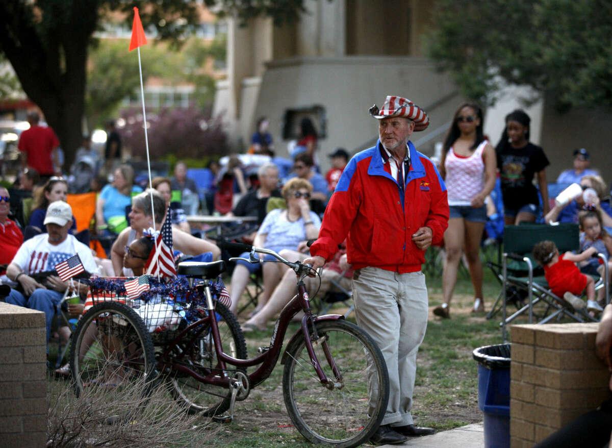 Star Spangled Salute last year at Centennial Plaza. James Durbin/Reporter-Telegram