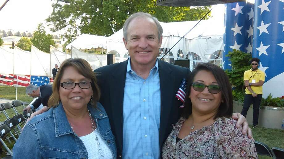 Angel Munoz, right, and her mother, Sylvia Macias, pose with Chet Edwards, former U.S. representative and senator from Texas at the Memorial Day concert. Photo: Courtesy Photo