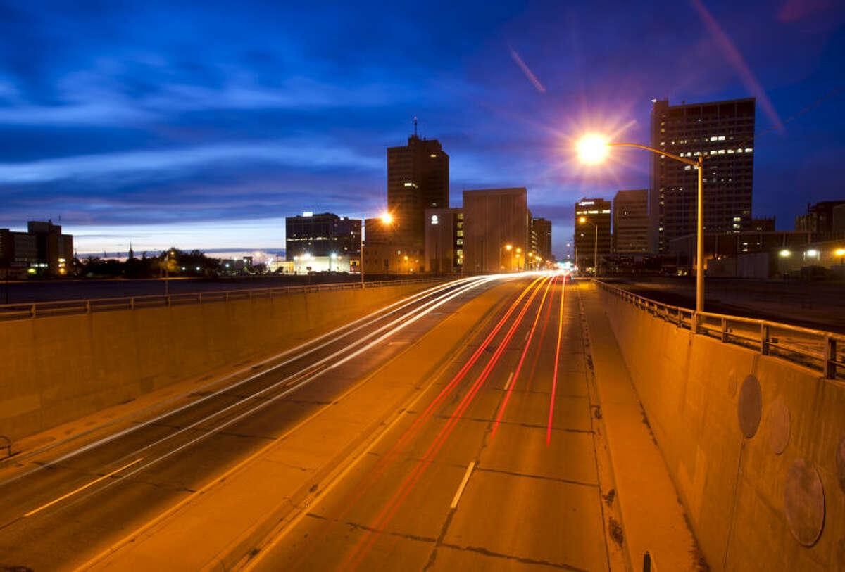 Traffic on Big Spring at dusk Tuesday, May 14, 2013. James Durbin/Reporter-Telegram