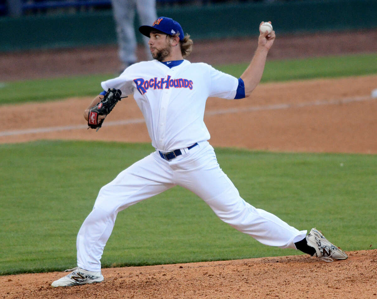 Rockhounds pitcher Chris Lamb throws against Frisco on Tuesday, June 16, 2015 at Security Bank Ballpark. James Durbin/Reporter-Telegram