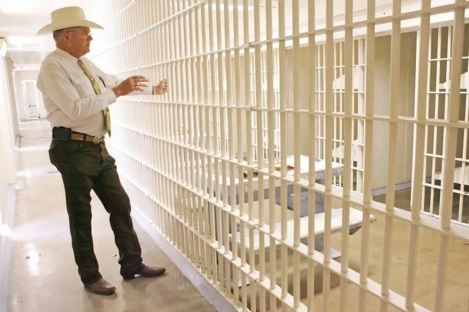 Midland County Sheriff Gary Painter said jails have become centers for drug rehabilitation but aren't necessarily equipped to handle the capacity nor offer the most beneficial treatment. Photo: Reporter-Telegram File Photo