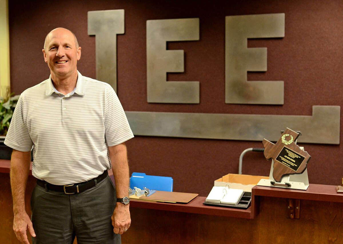 Lee High School's new principal Stan VanHoozer in portrait Wednesday, June 17, 2015 in the Lee High office. James Durbin/Reporter-Telegram