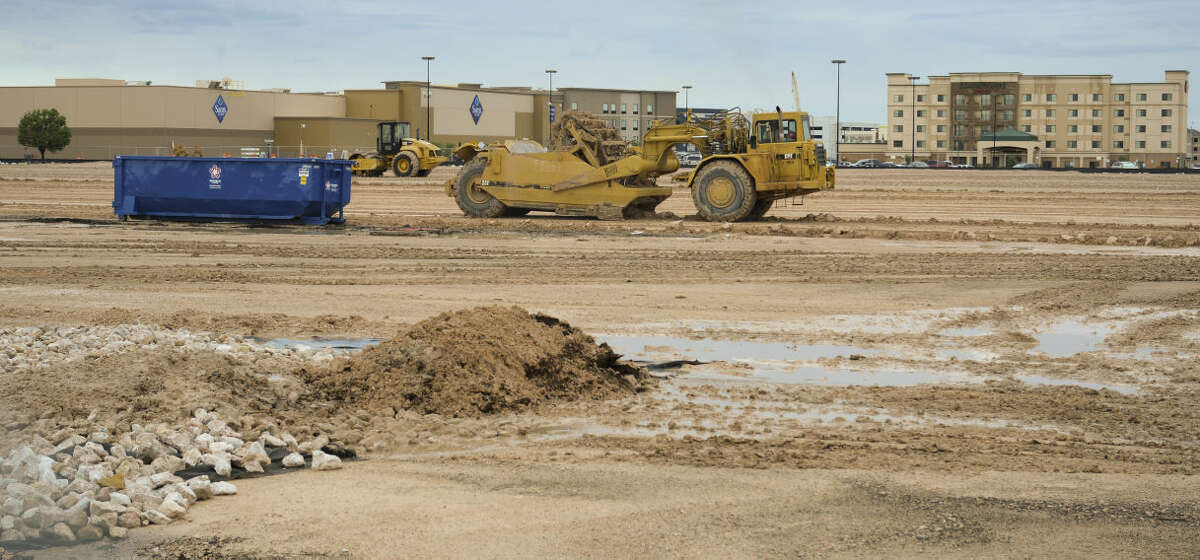 Construction continues Tuesday, 6-30-15, on the new HEB, near Sams Club off Loop 250. Tim Fischer\Reporter-Telegram