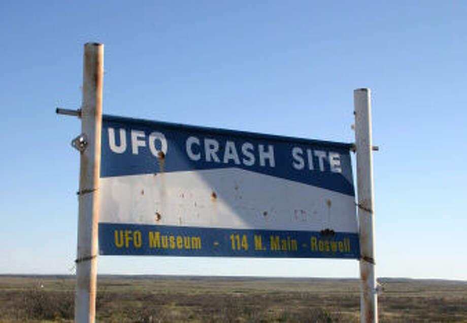 Roswell UFO Crash site sign Photo: Nicolas Barber