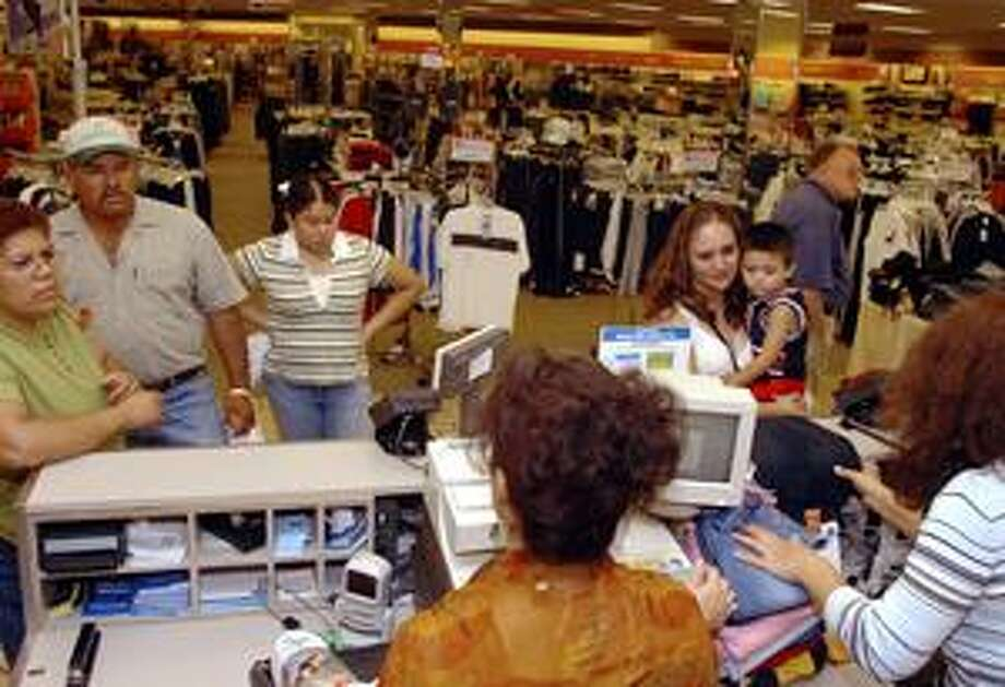 Retailers expect big crowds for sales tax holiday.