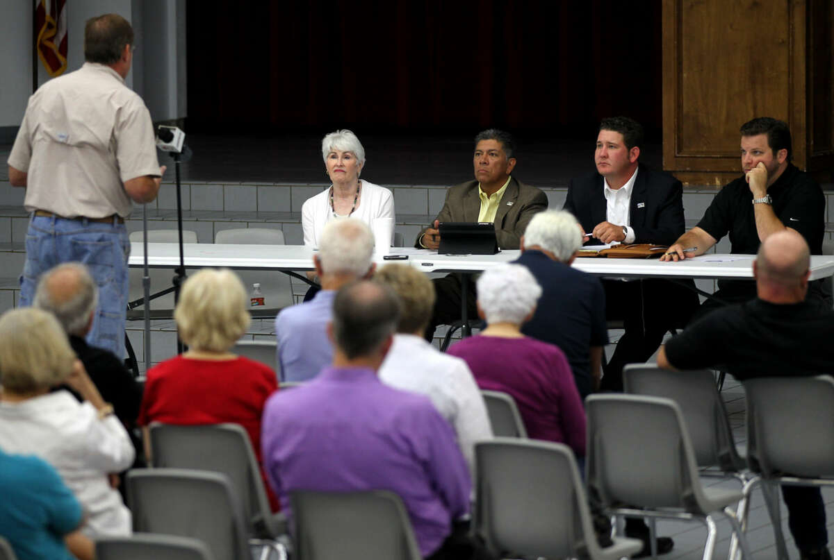 Citizens gathered at Abell Junior High on Monday, July 20, 2015 to discuss a possible ban on texting while driving. James Durbin/Reporter-Telegram