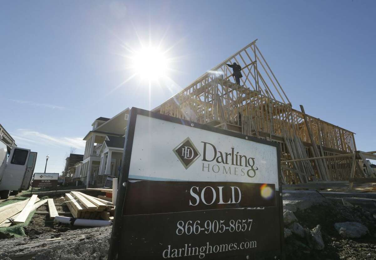 For the month of March, the number of listing increased year-over-year by 211 percent, while the number of houses sold fell by 23.1 percent.