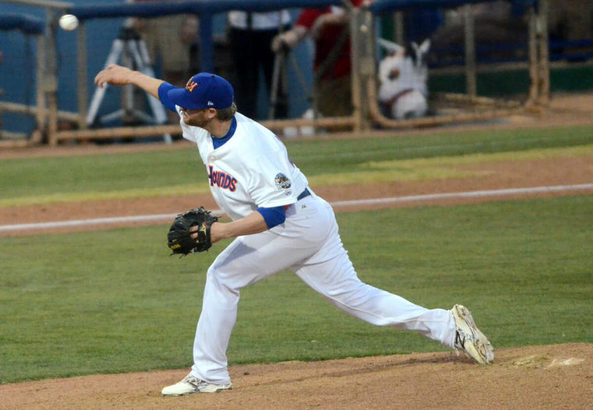 Rockhounds' Nate Long pitches against the Arkansas Travelers on Thursday at Security Bank Ballpark. James Durbin/Reporter-Telegram