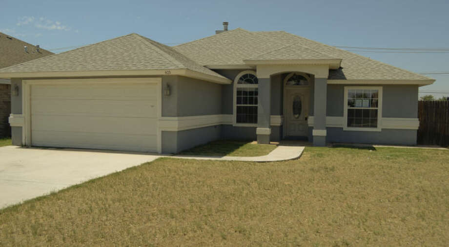 Home being put on the market by HUD, offering discount to teachers, firefighters and police. Tim Fischer\Reporter-Telegram Photo: Tim Fischer
