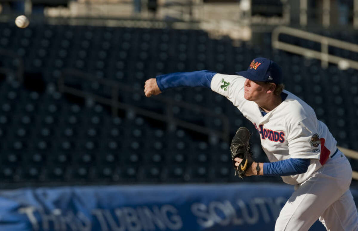 RockHounds starting pitcher Shawn Haviland delivers a pitchagainst the Corpus Christi Hooks earlier this season. Tim Fischer\Reporter-Telegram