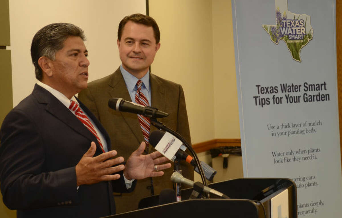 Midland Mayor Jerry Morales is joined by Texas Agriculture Commissioner Todd Staples as they speak Thursday about water conservation. Tim Fischer\Reporter-Telegram