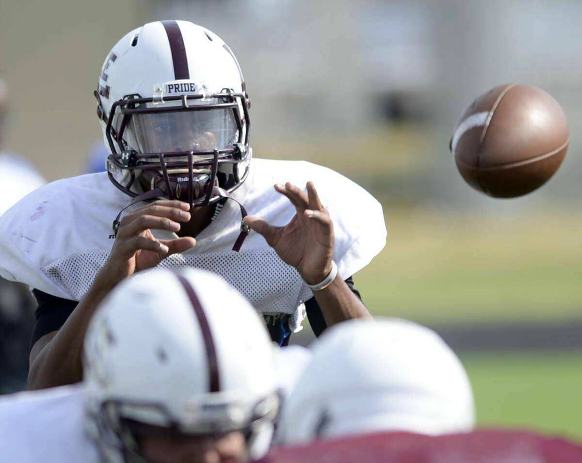 Lee High quarterback Sema'J Davis during practice Wednesday, August 26, 2015, at Lee High. James Durbin/Reporter-Telegram