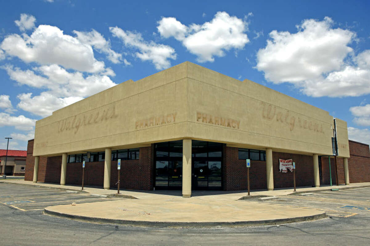 Now-closed Walgreens located at Midland Drive and Wadley, photographed Wednesday. James Durbin/Reporter-Telegram