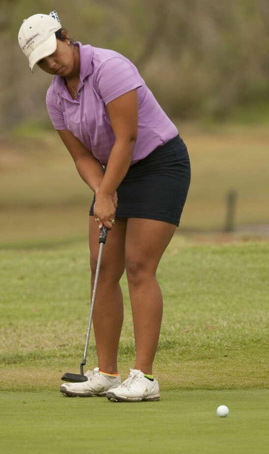 Christian Curnutte follows her putt Wednesday at Midland Country Club during the semi-finals of the Women's City Golf. Tim Fischer\Reporter-Telegram Photo: Tim Fischer