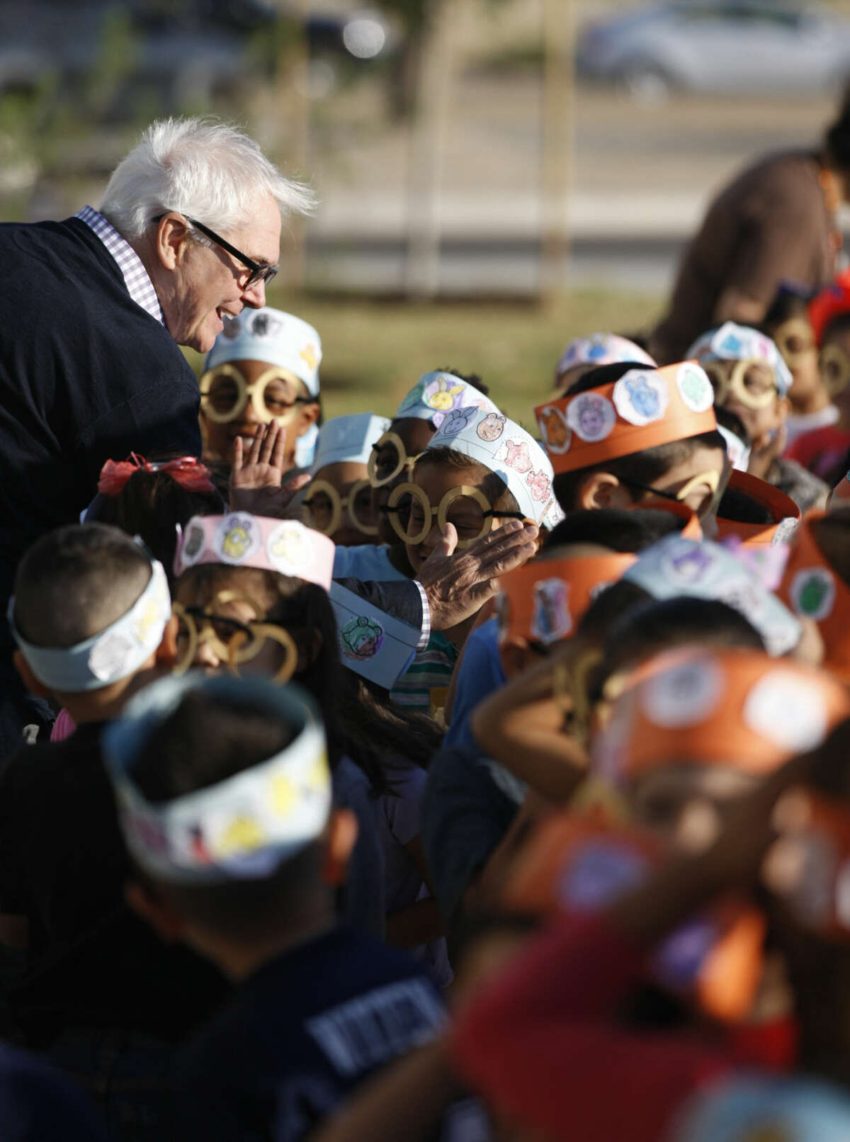"""Project Literacy 2015 launched from Washington Park and traveled to Bunche Elementary on Monday, Sept. 14, 2015. Marc Brown, author of the """"Arthur"""" series of books, made an appearance to speak to children about reading and teach them how to draw characters from the book. James Durbin/Reporter-Telegram"""