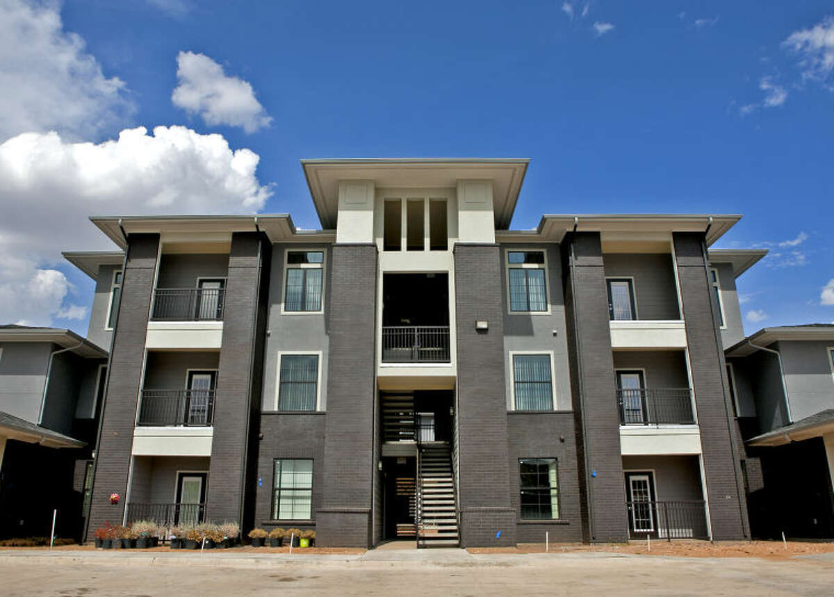 Le Mirage Apartment Homes, photographed July 29, 2014. James Durbin/Reporter-Telegram
