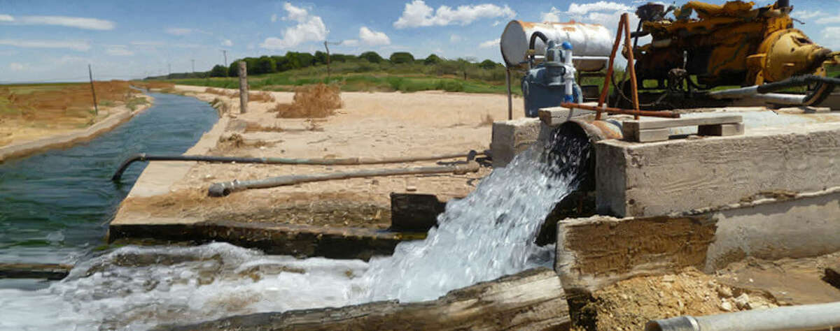 A water pump belonging to Jeff Williams is one of 32 water pumps that pull 13 million gallons of water a day from the Edwards-Trinity Aquifer, Thursday, August 13, 2015, at Williams' Farms in Pecos County, west of Ft. Stockton. Brandon Mulder/Reporter-Telegram
