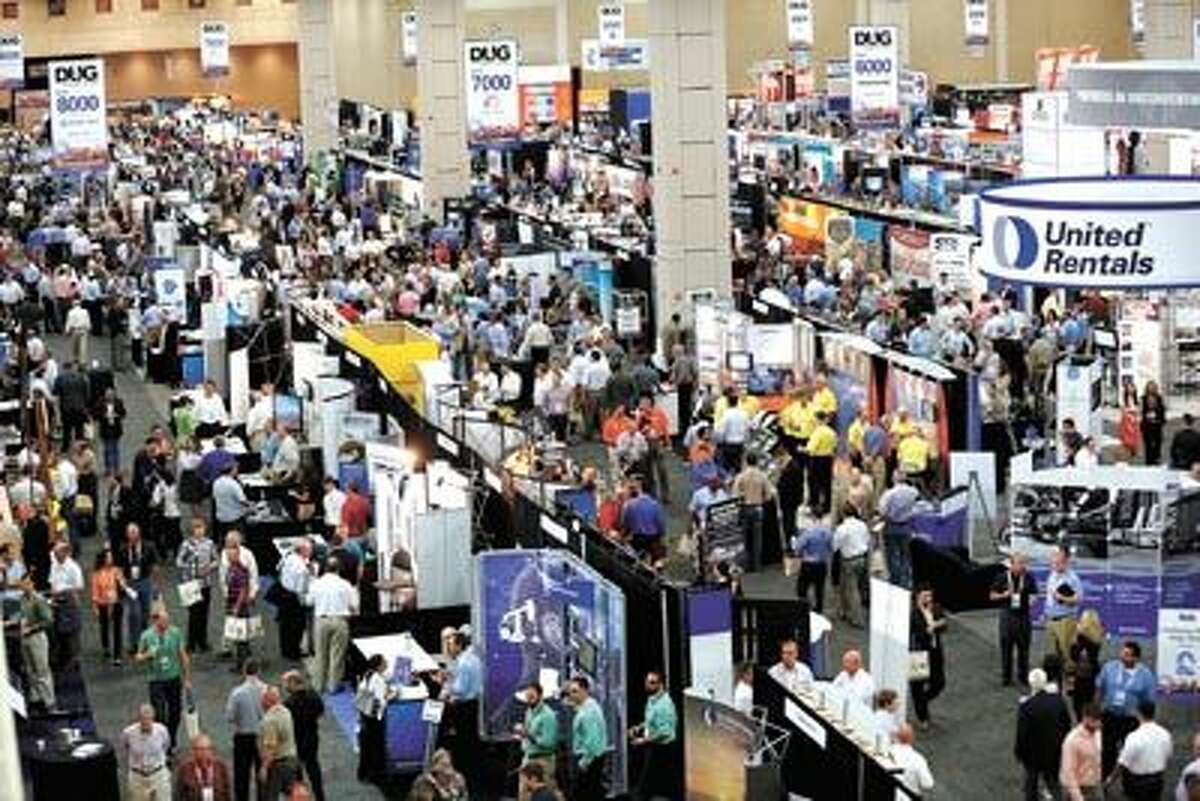 Beyond these seven reasons, there are 3,000 more reasons to attend this year's DUG Eagle Ford conference. That's how many attendees are expected to attend. Don't miss this chance to network with the region's key players. Register at DUGEagleFord.com.