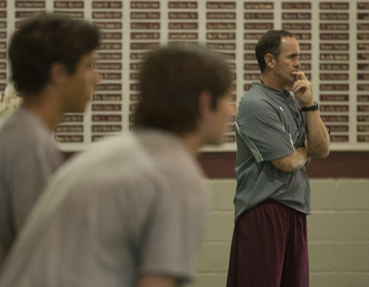 Lee coach James Morton watches his players run drills during practice on Aug. 11. Tim Fischer\Reporter-Telegram